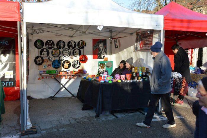 Marchés de noel 2016 de Salins-les-bains et Bletterans en photos – Idées cadeaux de dernière minute – Miroirs, Guirlandes lumineuses, Horloges vinyle, Boites et coffrets
