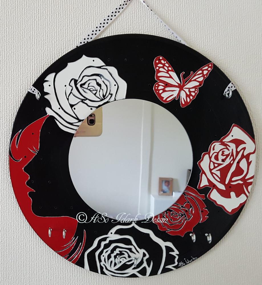 1305 a Porte bijoux et miroir sur vinyle unique et original ...